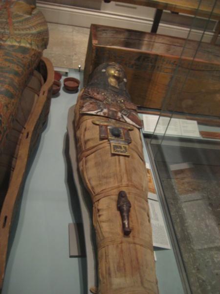 sarcophagusbritmuseum1.jpg
