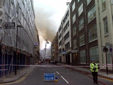 londonfire1.jpg