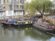 narrowboats.jpg